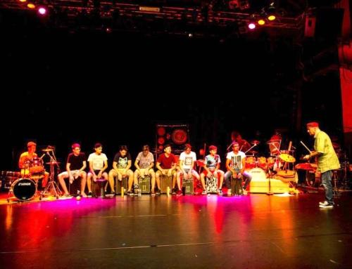 Schüler der Agostini Drum School glänzen an Konzert von RhythmTalk und Mojalet Dance Collectiv